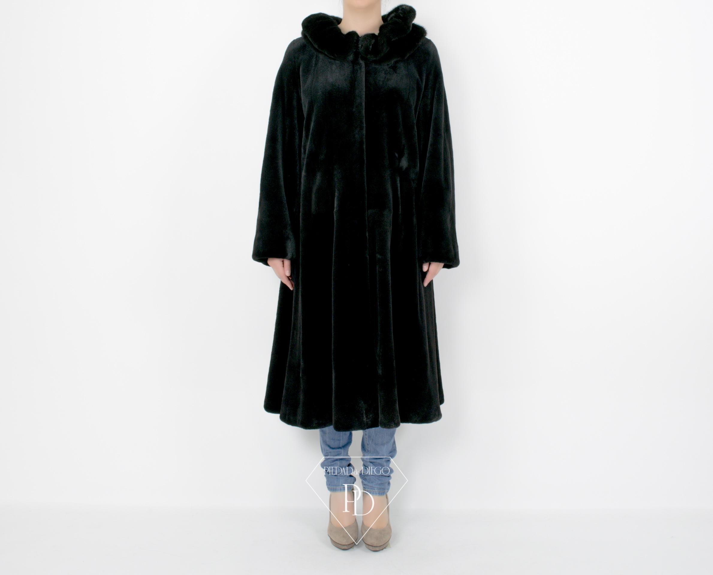 2069 Abrigo Vison Despinzado Negro