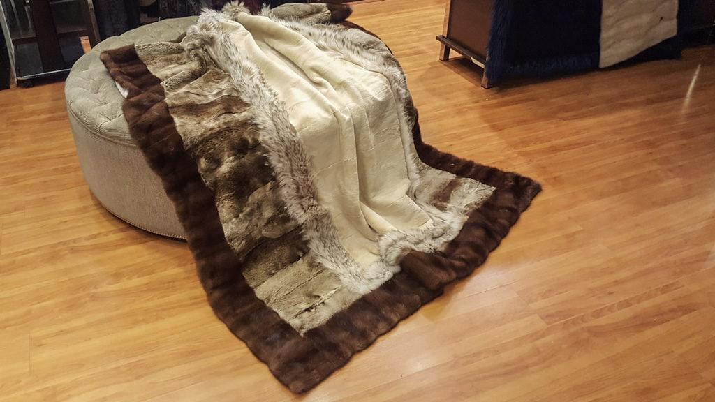 manta de piel natural hecha con un abrigo de piel