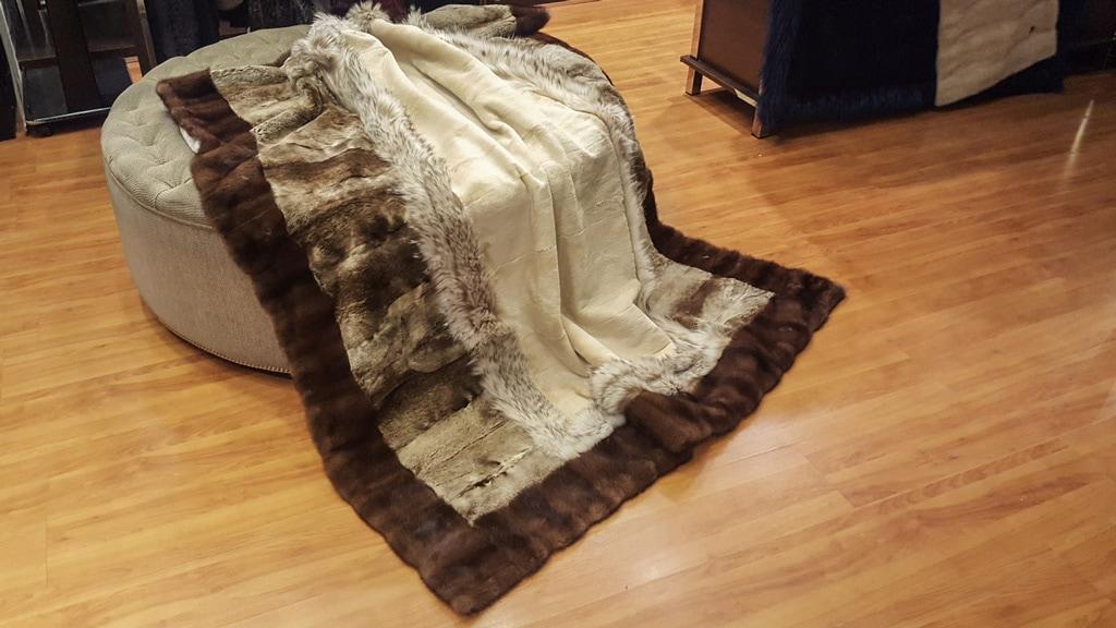 manta de piel transformada de abrigos antiguos