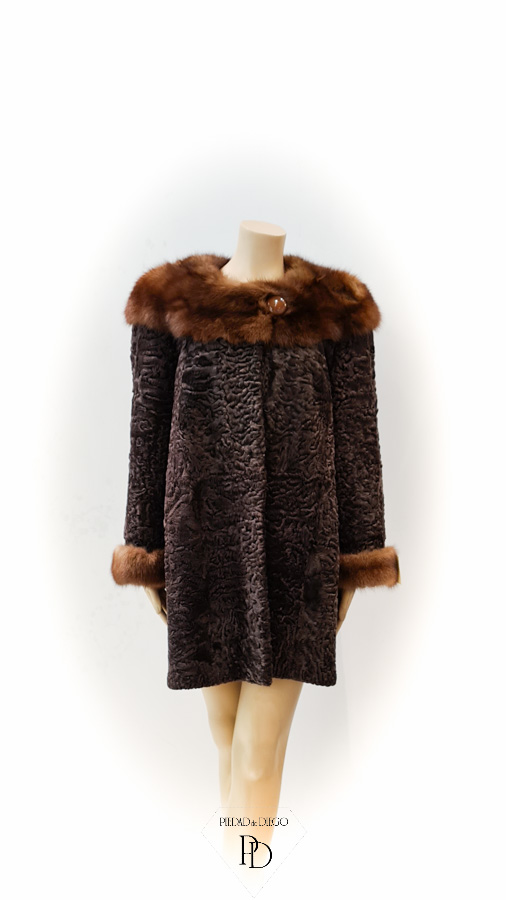 abrigo de astracan y marta cibelina